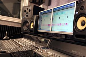 Большинство коммерческих аудиозаписей калечится, прежде чем достичь наших ушей.