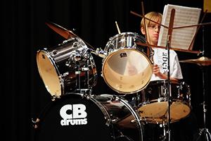 «Больше чем Аудиомания»: Как научиться играть на барабанах?