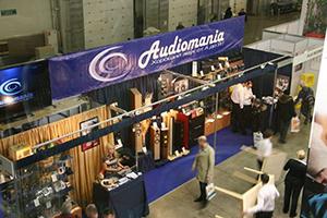Consumer Electronics & Photo Expo 2012: монтаж стенда Аудиомании. 8 часов работы за 2 минуты