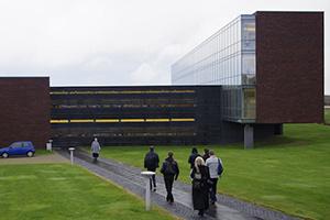 Bang & Olufsen уходит в отрыв. Репортаж с завода в Дании