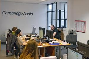 Репортаж из лондонской штаб-квартиры Cambridge Audio
