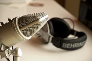 «Ток-шоу»: Как создают, развивают и слушают подкасты