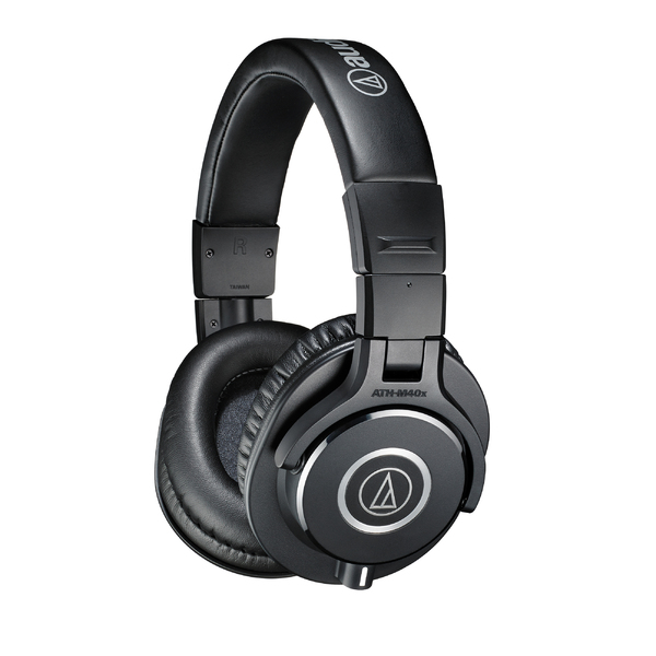 Охватывающие наушники Audio-Technica ATH-M40X Black наушники audio technica ath anc50is дуговые закрытого типа