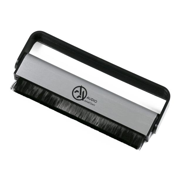 Щетка антистатическая Audio Anatomy Carbon Fibre Brush щетка антистатическая tonar stylus cleaning brush