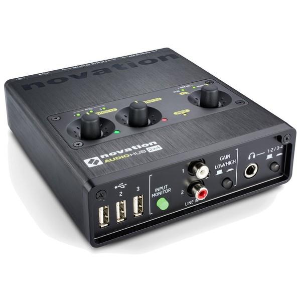 Внешняя студийная звуковая карта Novation Audiohub 2x4 аудиоинтерфейс novation audiohub 2x4