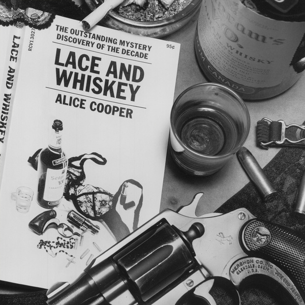 Alice Cooper - Lace And Whiskey (colour)