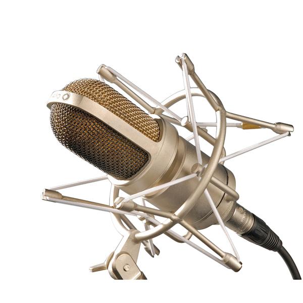 лучшая цена Студийный микрофон Октава МК-105 Matte Nickel (в деревянном футляре)