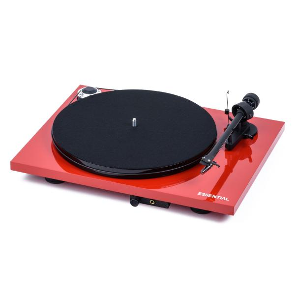 Фото - Виниловый проигрыватель Pro-Ject Essential III Headphone Red (OM-10) виниловый проигрыватель pro ject essential iii special edition george harrison om 10