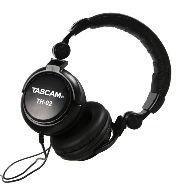 Фото - Охватывающие наушники TASCAM TH-02 наушники sennheiser 508288 накладные закрытые складные 6 25000гц витой кабель 1 5м 3 5мм 108дб