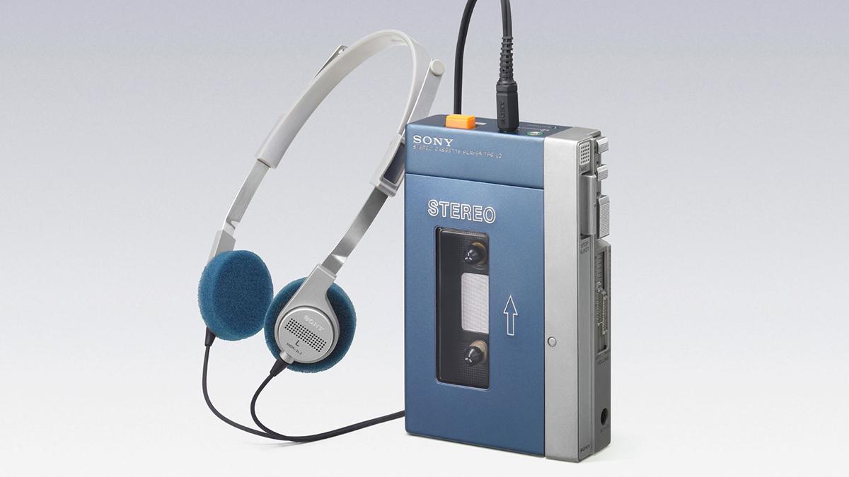 Кассетный плеер Sony Walkman
