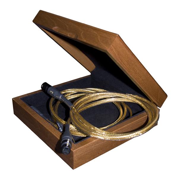 Кабель межблочный аналоговый XLR Analysis-Plus Golden Oval 1.5 m