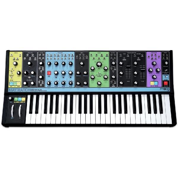 Синтезатор Moog Matriarch