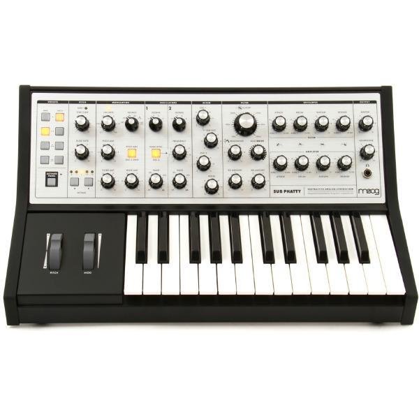 Синтезатор Moog Sub Phatty