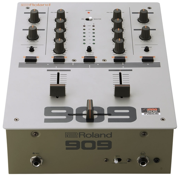 DJ микшерный пульт Roland от Audiomania