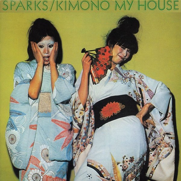Sparks Sparks - Kimono My House fringe trim floral kimono