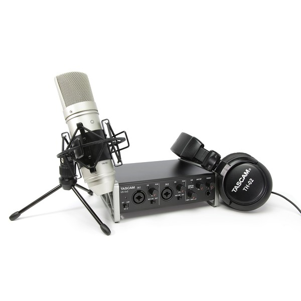 Внешняя студийная звуковая карта TASCAM TrackPack 2x2 внешняя студийная звуковая карта tascam iur2