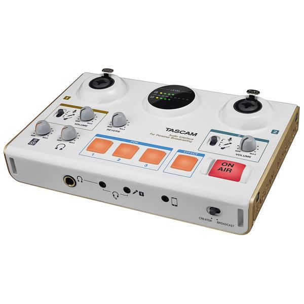 Внешняя студийная звуковая карта TASCAM US-42 внешняя студийная звуковая карта tascam us 366