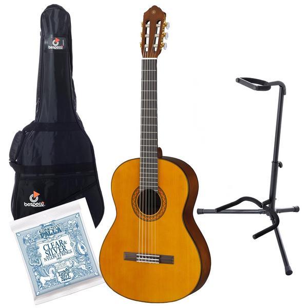 Классическая гитара с аксессуарами Yamaha C70 Natural (Bundle 1)
